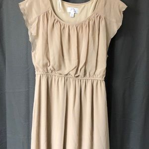 Small, Short flutter sleeve Tan Dress